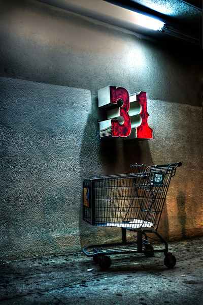 31 Odors~<br /> <br /> Feral Shopping Cart<br /> <br />  Hollywood, CA.