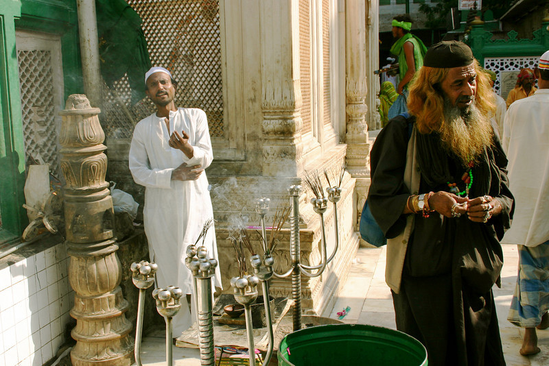 A fakir (wandering Muslim ascetic) at the shrine of Hazrat Nizamuddin in Delhi