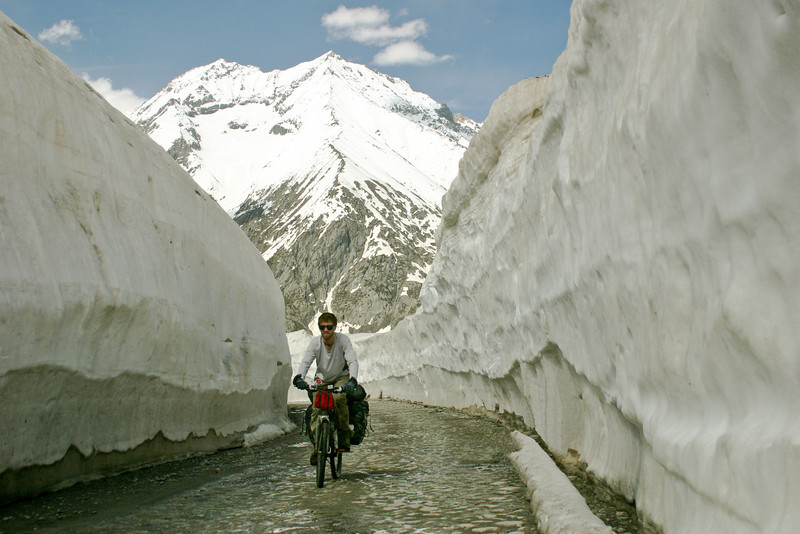 It was eerie riding through this canyon of snow!