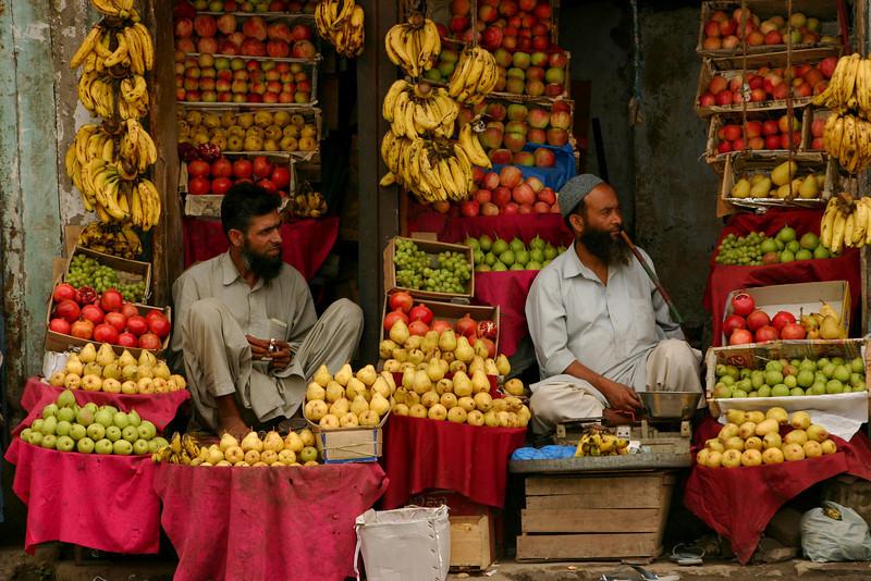 Fruit sellers in Anantnag, Kashmir