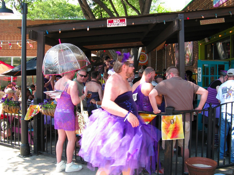 Annual Purple Dress Run stops off for a drink at F.R.O.G.S. Cantina in Midtown