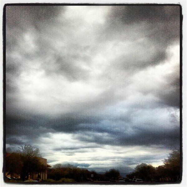 "#clouds #sky #tucson #az via Instagram <a href=""http://instagr.am/p/V9TNgfiip5/"">http://instagr.am/p/V9TNgfiip5/</a>"