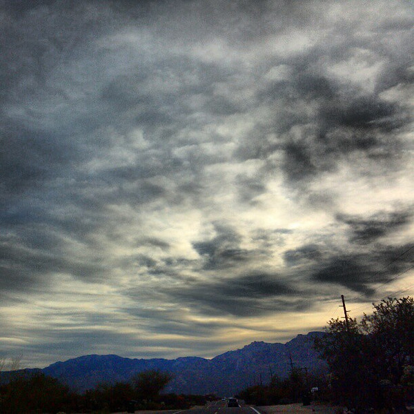 "#clouds #sky #tucson #az #sunrise via Instagram <a href=""http://instagr.am/p/VeVJccCips/"">http://instagr.am/p/VeVJccCips/</a>"