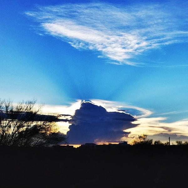 "#tucson#az#arizona#igerstucson#instagramaz #az365#azgrammers#instaaz#igersaz#igersarizona #azcentral#arizonalife#aznature#azscenery #desertscenery#azdesert#clouds#sky via Instagram <a href=""http://instagram.com/p/hwnrYgiiqn/"">http://instagram.com/p/hwnrYgiiqn/</a>"