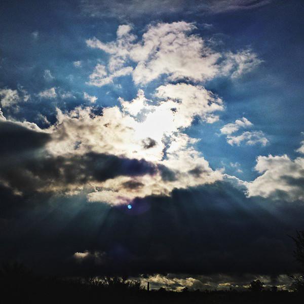 "#tucson #az #arizona #igerstucson #instagramaz #az365 #azgrammers #instaaz #igersaz #igersarizona #azcentral #arizonalife #aznature #azscenery #desertscenery #azdesert #clouds #sky #catalinamountains #azwx #cpc via Instagram <a href=""http://ift.tt/1swLv6c"">http://ift.tt/1swLv6c</a>"
