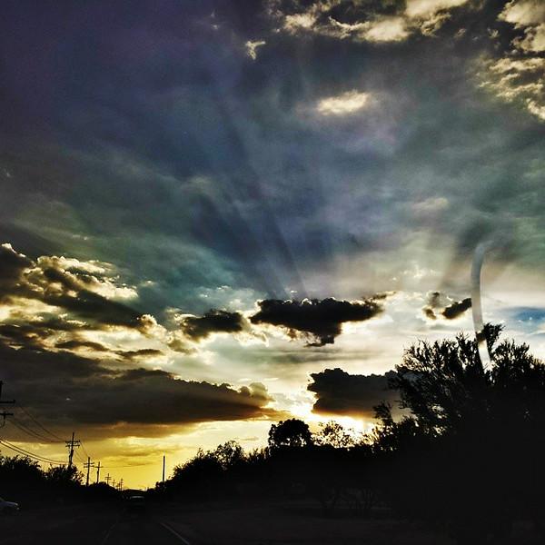 "#tucson #az #arizona #igerstucson #instagramaz #az365 #azgrammers #instaaz #igersaz #igersarizona #azcentral #arizonalife #aznature #azscenery #desertscenery #azdesert #clouds #sky #azwx #cpc via Instagram <a href=""http://ift.tt/1nWw4NO"">http://ift.tt/1nWw4NO</a>"