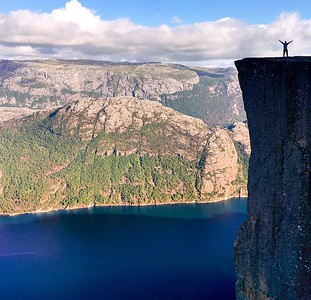 Reminded today of my trip to Pulpit rock - hard to believe I worked in #NORWAY for 4 year! Where does the time go? via Instagram http://ift.tt/2bwtyTR