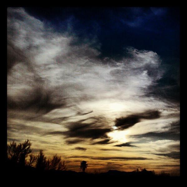 "#clouds #sky #tucson #az via Instagram <a href=""http://instagr.am/p/WQXnUpiit9/"">http://instagr.am/p/WQXnUpiit9/</a>"