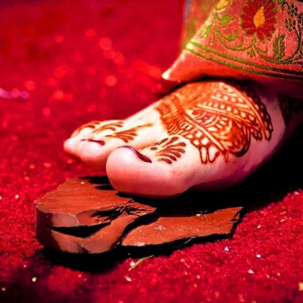 Stepping stone ceremony. #indian #bride #wedding
