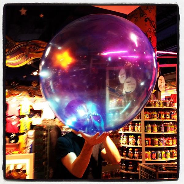 Giant bubble. #nyc #toysrus #bubble