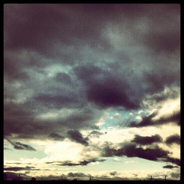"#clouds #sky #tucson #az via Instagram <a href=""http://instagr.am/p/V9S_H7iipn/"">http://instagr.am/p/V9S_H7iipn/</a>"