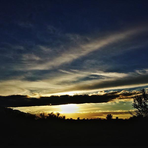 "#tucson #az #arizona #igerstucson #instagramaz #az365 #azgrammers #instaaz #igersaz #igersarizona #azcentral #arizonalife #aznature #azscenery #desertscenery #azdesert #clouds #sky #catalinamountains #azwx #cpc via Instagram <a href=""http://ift.tt/1xEnuff"">http://ift.tt/1xEnuff</a>"