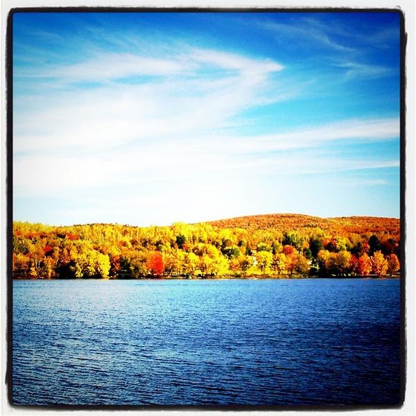Colorful Lake Arrowhead. #Milton #VT #btv #lake #foliage
