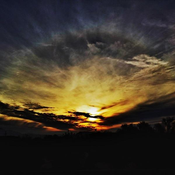 "#tucson#az#arizona#igerstucson#instagramaz #az365#azgrammers#instaaz#igersaz#igersarizona #azcentral#arizonalife#aznature#azscenery #desertscenery#azdesert#clouds#sky #cpc via Instagram <a href=""http://ift.tt/1gWj8Ey"">http://ift.tt/1gWj8Ey</a>"