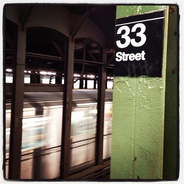 33 Street underground. #nyc #subway #train