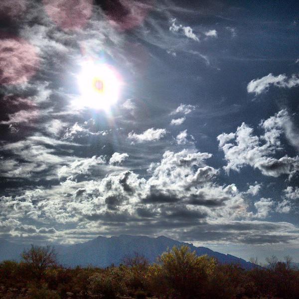 """#tucson #arizona #az #igerstucson #instagramaz #sky #clouds #catalinamountains via Instagram <a href=""""http://instagram.com/p/ZA8WDFiioK/"""">http://instagram.com/p/ZA8WDFiioK/</a>"""