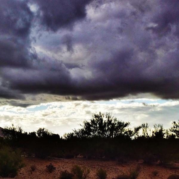"#tucson#az#arizona#igerstucson#instagramaz #az365#azgrammers#instaaz#igersaz#igersarizona #azcentral#arizonalife#aznature#azscenery #desertscenery#azdesert#clouds#sky via Instagram <a href=""http://ift.tt/1koUliM"">http://ift.tt/1koUliM</a>"