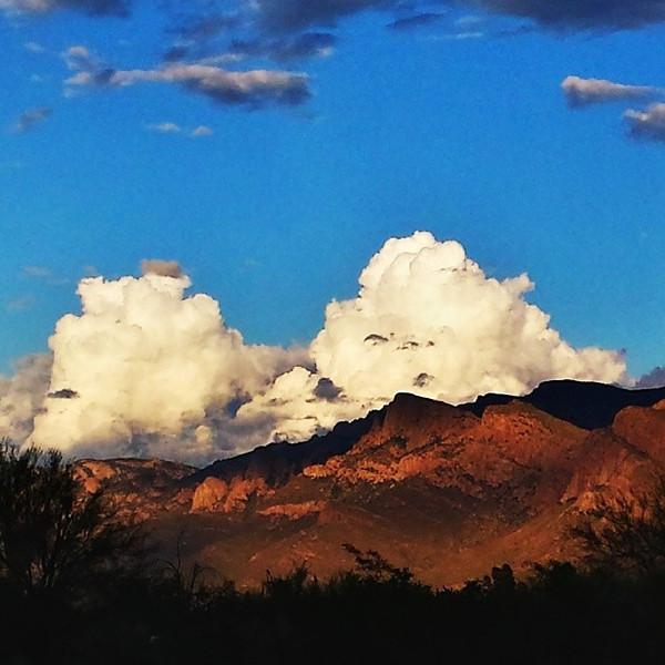 "#tucson#az#arizona#igerstucson#instagramaz #az365#azgrammers#instaaz#igersaz#igersarizona #azcentral#arizonalife#aznature#azscenery #desertscenery#azdesert#clouds#sky #catalinamountains via Instagram <a href=""http://ift.tt/1mHRFcJ"">http://ift.tt/1mHRFcJ</a>"
