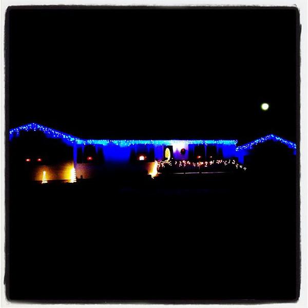 Moon over blue house. #milton #vt