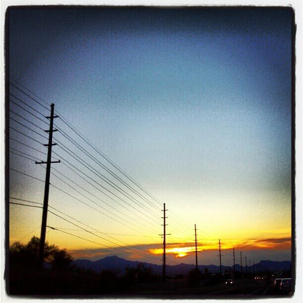 "#tucson #az #sunset via Instagram <a href=""http://instagr.am/p/V9RyuYCioo/"">http://instagr.am/p/V9RyuYCioo/</a>"