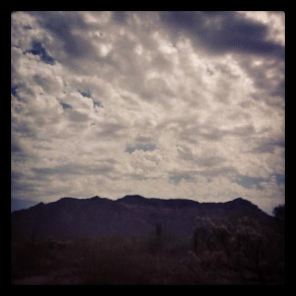 "#arizona #az #igerstucson #instagramaz #clouds via Instagram <a href=""http://instagram.com/p/bztYoxCip3/"">http://instagram.com/p/bztYoxCip3/</a>"