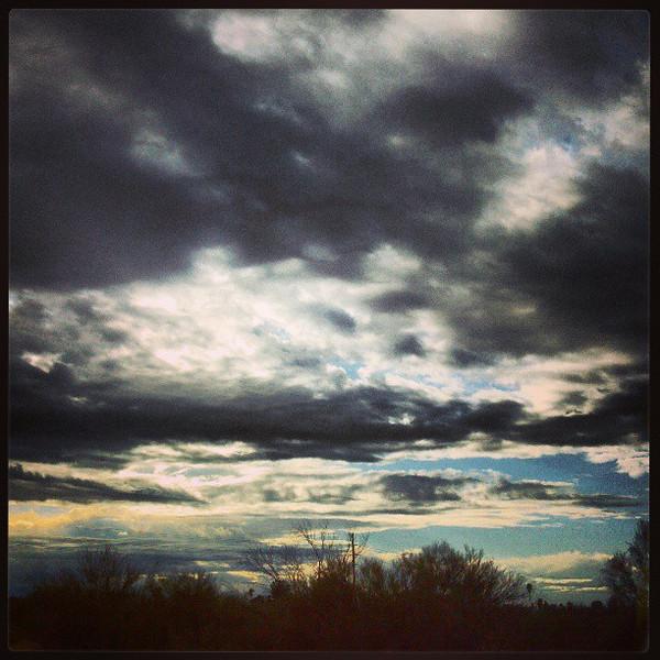 "#clouds #sky #tucson #az via Instagram <a href=""http://instagr.am/p/WnYpo-Ciru/"">http://instagr.am/p/WnYpo-Ciru/</a>"