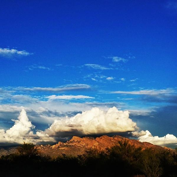 "#tucson#az#arizona#igerstucson#instagramaz #az365#azgrammers#instaaz#igersaz#igersarizona #azcentral#arizonalife#aznature#azscenery #desertscenery#azdesert#clouds#sky #catalinamountains#azwx via Instagram <a href=""http://instagram.com/p/i8_v4ICinq/"">http://instagram.com/p/i8_v4ICinq/</a>"