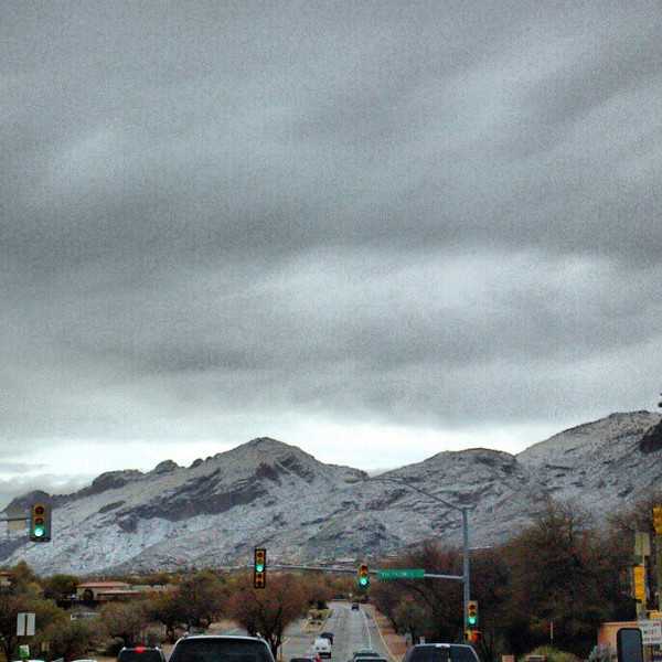 "#clouds #sky #tucson #az #catalinamountains #snow via Instagram <a href=""http://instagr.am/p/V98V5EiikC/"">http://instagr.am/p/V98V5EiikC/</a>"