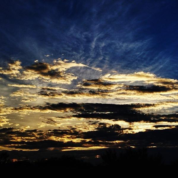 "#tucson#az#arizona#igerstucson#instagramaz #az365#azgrammers#instaaz#igersaz#igersarizona #azcentral#arizonalife#aznature#azscenery #desertscenery#azdesert#clouds#sky via Instagram <a href=""http://instagram.com/p/g5qecpCijx/"">http://instagram.com/p/g5qecpCijx/</a>"
