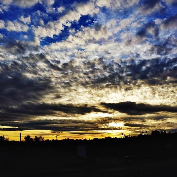 """#tucson#az#arizona#igerstucson#instagramaz #az365#azgrammers#instaaz#igersaz#igersarizona #azcentral#arizonalife#aznature#azscenery #desertscenery#azdesert#clouds#sky via Instagram <a href=""""http://ift.tt/1cfqRBH"""">http://ift.tt/1cfqRBH</a>"""