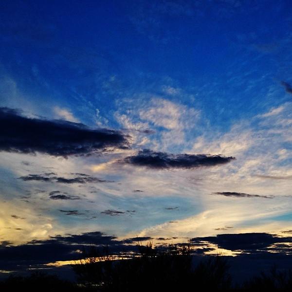 "#tucson#az#arizona#igerstucson#instagramaz #az365#azgrammers#instaaz#igersaz#igersarizona #azcentral#arizonalife#aznature#azscenery #desertscenery#azdesert#clouds#sky via Instagram <a href=""http://instagram.com/p/g5rYf_iikt/"">http://instagram.com/p/g5rYf_iikt/</a>"