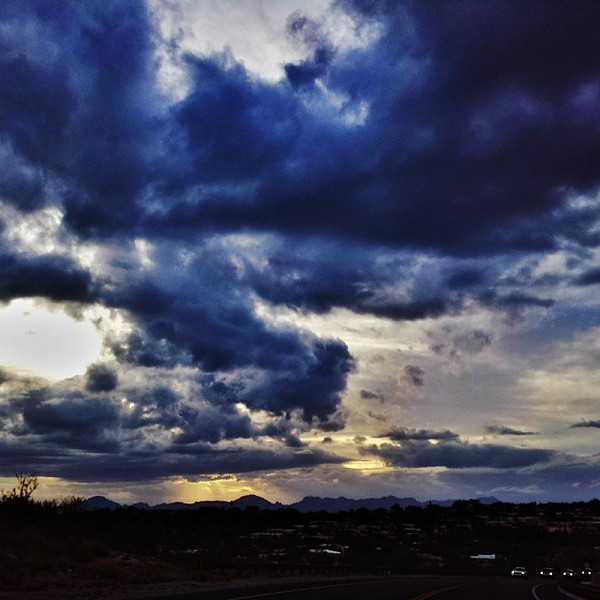 "#tucson #az #arizona #igerstucson #instagramaz #az365 #azgrammers #instaaz #igersaz #igersarizona #azcentral #arizonalife #aznature #azscenery #desertscenery #azdesert #clouds #sky #cpc via Instagram <a href=""http://ift.tt/1jCj4wz"">http://ift.tt/1jCj4wz</a>"