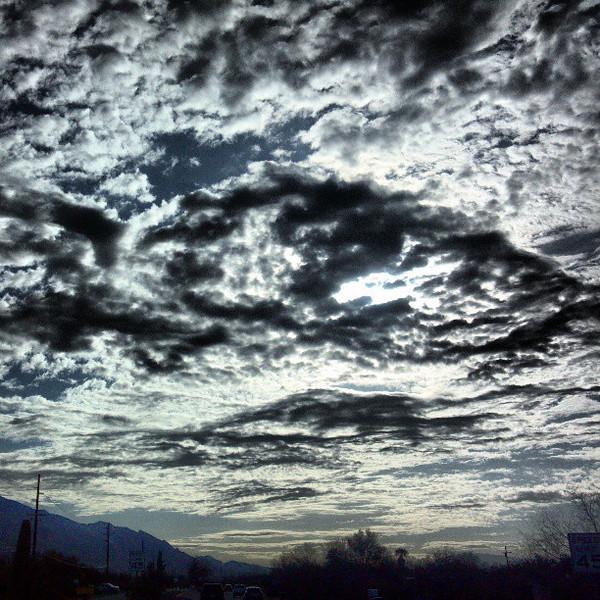 """#clouds #sky #tucson #az #morning via Instagram <a href=""""http://instagram.com/p/XKgg71iiry/"""">http://instagram.com/p/XKgg71iiry/</a>"""