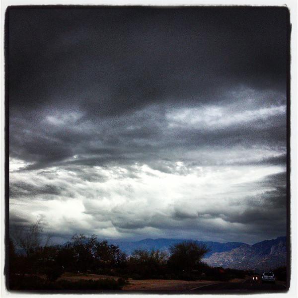 "#clouds #sky #tucson #az #catalinamountains via Instagram <a href=""http://instagr.am/p/WnFcXVCigL/"">http://instagr.am/p/WnFcXVCigL/</a>"