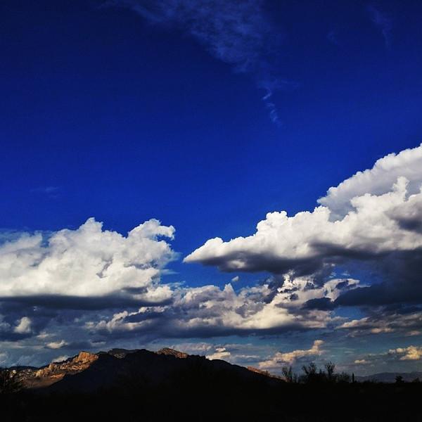 "#tucson#az#arizona#igerstucson#instagramaz #az365#azgrammers#instaaz#igersaz#igersarizona #azcentral#arizonalife#aznature#azscenery #desertscenery#azdesert#clouds#sky via Instagram <a href=""http://ift.tt/1cAAFiX"">http://ift.tt/1cAAFiX</a>"