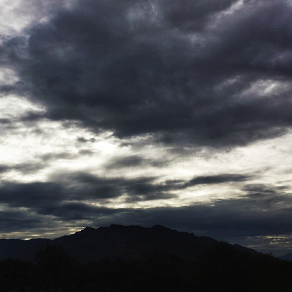 "#tucson#az#arizona#igerstucson#instagramaz #az365#azgrammers#instaaz#igersaz#igersarizona #azcentral#arizonalife#aznature#azscenery #desertscenery#azdesert#clouds#sky #catalinamountains#azwx via Instagram <a href=""http://instagram.com/p/hlcF53CiqO/"">http://instagram.com/p/hlcF53CiqO/</a>"