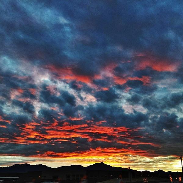 "#tucson#az#arizona#igerstucson#instagramaz #az365#azgrammers#instaaz#igersaz#igersarizona #azcentral#arizonalife#aznature#azscenery #desertscenery#azdesert#clouds#sky via Instagram <a href=""http://ift.tt/1kEmbF1"">http://ift.tt/1kEmbF1</a>"