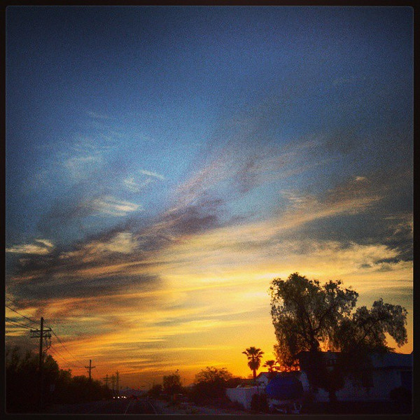 "#clouds #sky #tucson #az #sunset via Instagram <a href=""http://instagram.com/p/Ybf3-Uiiq-/"">http://instagram.com/p/Ybf3-Uiiq-/</a>"
