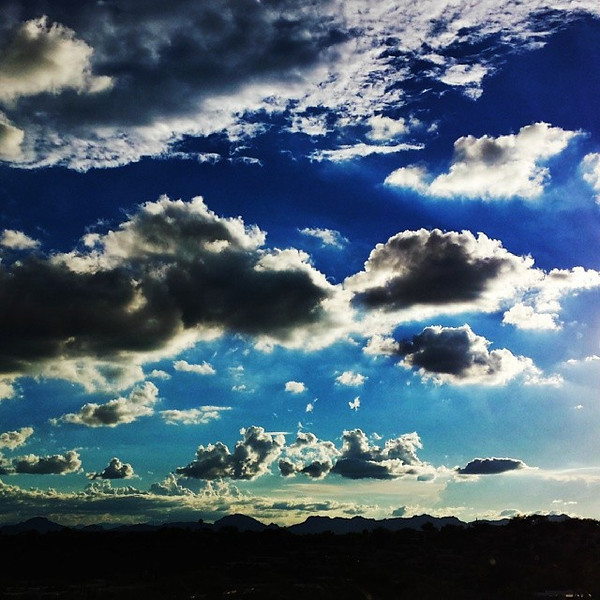 "#tucson#az#arizona#igerstucson#instagramaz #az365#azgrammers#instaaz#igersaz#igersarizona #azcentral#arizonalife#aznature#azscenery #desertscenery#azdesert#clouds#sky via Instagram <a href=""http://ift.tt/1g4pmYr"">http://ift.tt/1g4pmYr</a>"