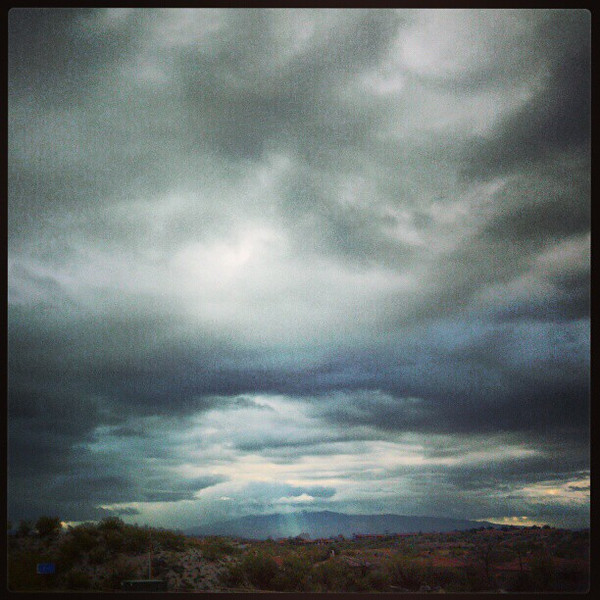 "#clouds #sky #tucson #az via Instagram <a href=""http://instagr.am/p/V9TFlbiipw/"">http://instagr.am/p/V9TFlbiipw/</a>"