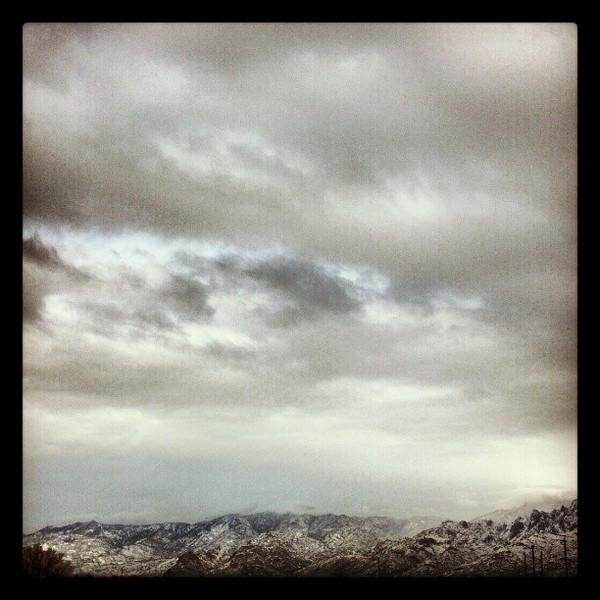 "#clouds #sky #tucson #az #catalinamountains #snow via Instagram <a href=""http://instagr.am/p/WIpWQkCik5/"">http://instagr.am/p/WIpWQkCik5/</a>"