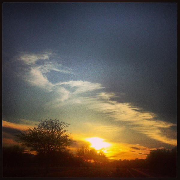 """#clouds #sky #tucson #az #sunset via Instagram <a href=""""http://instagram.com/p/Xdo2kEiivh/"""">http://instagram.com/p/Xdo2kEiivh/</a>"""