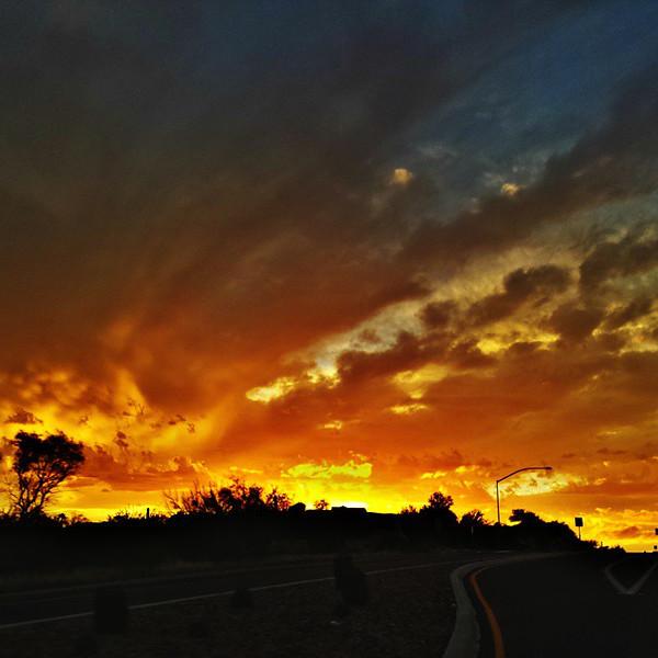 """#tucson #az #arizona #igerstucson #instagramaz #az365 #azgrammers #instaaz #igersaz #igersarizona #azcentral #arizonalife #aznature #azscenery #desertscenery #azdesert #clouds #sky #azwx #cpc via Instagram <a href=""""http://ift.tt/1zr8As6"""">http://ift.tt/1zr8As6</a>"""