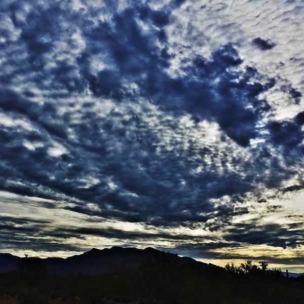 "#tucson #az #arizona #igerstucson #instagramaz #az365 #azgrammers #instaaz #igersaz #igersarizona #azcentral #arizonalife #aznature #azscenery #desertscenery #azdesert #clouds #sky #catalinamountains #azwx #cpc via Instagram <a href=""http://ift.tt/1vP0dEh"">http://ift.tt/1vP0dEh</a>"