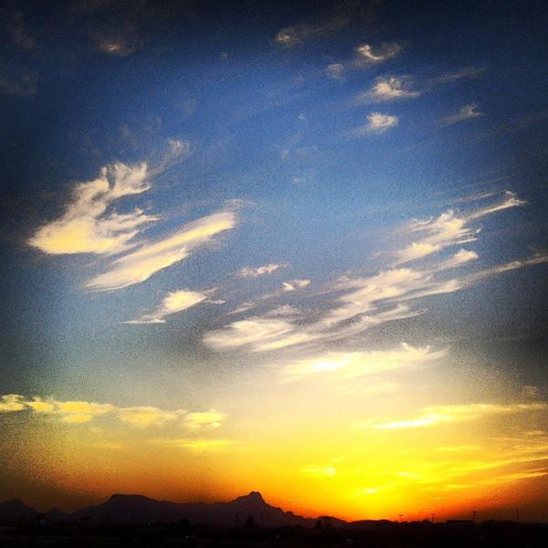 """#clouds #sky #tucson #az #sunset via Instagram <a href=""""http://instagram.com/p/YeFFf9Ciqd/"""">http://instagram.com/p/YeFFf9Ciqd/</a>"""