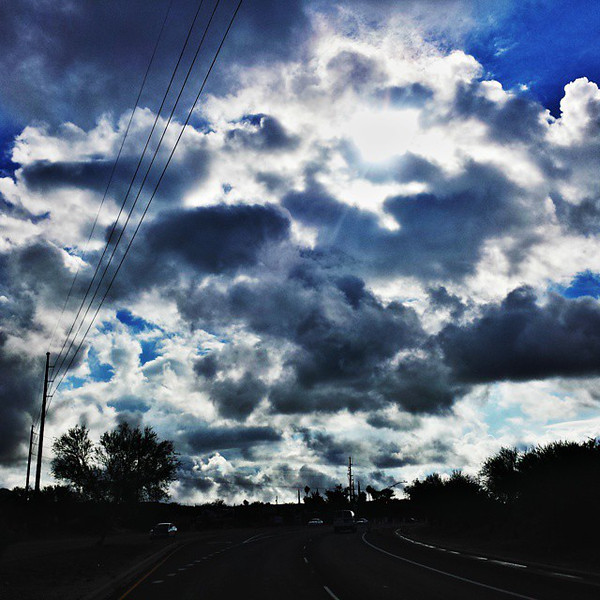 "#tucson #az #arizona #igerstucson #instagramaz #az365 #azgrammers #instaaz #igersaz #igersarizona #azcentral #arizonalife #aznature #azscenery #desertscenery #azdesert #clouds #sky #azwx #cpc via Instagram <a href=""http://ift.tt/1u7RfWs"">http://ift.tt/1u7RfWs</a>"