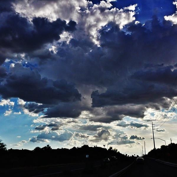 "#tucson#az#arizona#igerstucson#instagramaz #az365#azgrammers#instaaz#igersaz#igersarizona #azcentral#arizonalife#aznature#azscenery #desertscenery#azdesert#clouds#sky via Instagram <a href=""http://instagram.com/p/gqMYTTiipI/"">http://instagram.com/p/gqMYTTiipI/</a>"
