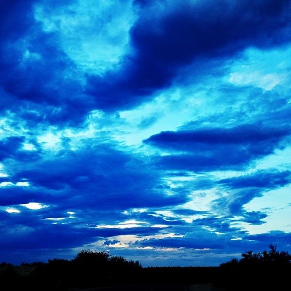 "#tucson#az#arizona#igerstucson#instagramaz #az365#azgrammers#instaaz#igersaz#igersarizona #azcentral#arizonalife#aznature#azscenery #desertscenery#azdesert#clouds#sky via Instagram <a href=""http://instagram.com/p/i1PXeUiitS/"">http://instagram.com/p/i1PXeUiitS/</a>"
