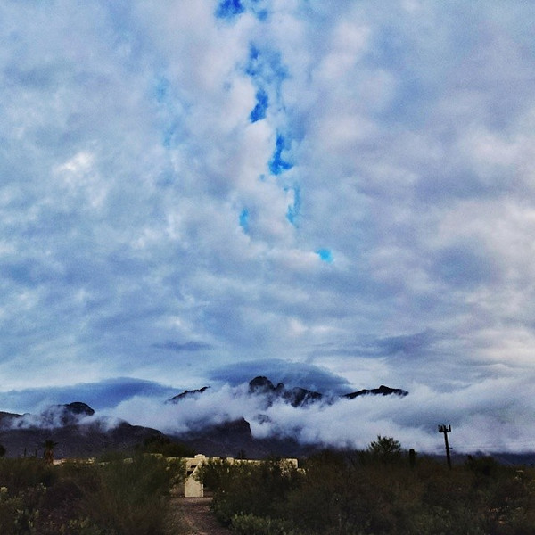 "#tucson#az#arizona#igerstucson#instagramaz #az365#azgrammers#instaaz#igersaz#igersarizona #azcentral#arizonalife#aznature#azscenery #desertscenery#azdesert#clouds#sky#azwx #cpc via Instagram <a href=""http://ift.tt/NZuY9c"">http://ift.tt/NZuY9c</a>"