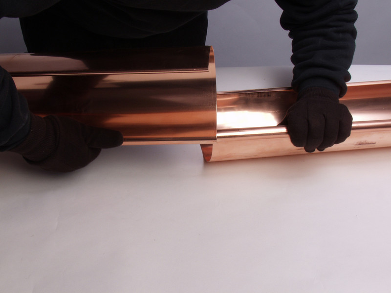 "The bead of one piece of gutter is inserted into the other.  <a href=""http://www.abraingutters.com"">http://www.abraingutters.com</a>"